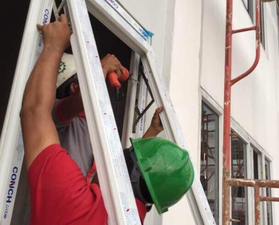pemasangan jendela upvc