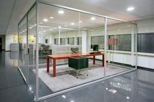 kaca tempered kantor